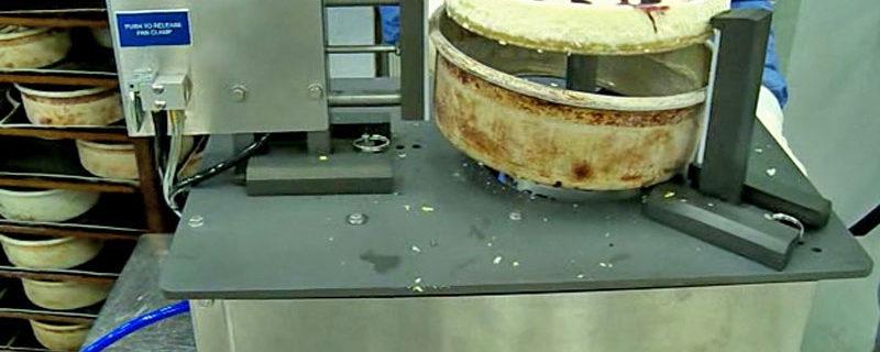 如何将芝士蛋糕从烤模里取出
